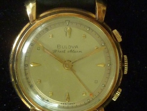 Bulova Dating-Uhr